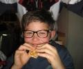 asvg-weihnachtsfeier-u-10-und-c-jugend-pizzeria-2000-21-12-12-013_r